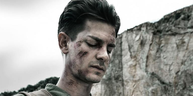 andrew-garfield-as-desmond-doss-in-hacksaw-ridge